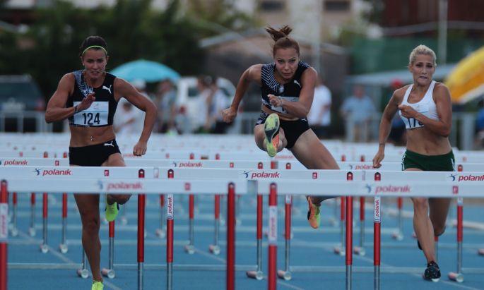 Női 100 méteres gátfutás Fotó: Schäffer Tamás