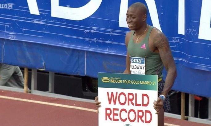 Grant Holloway a 60 méteres gátfutás új világcsúcstartója